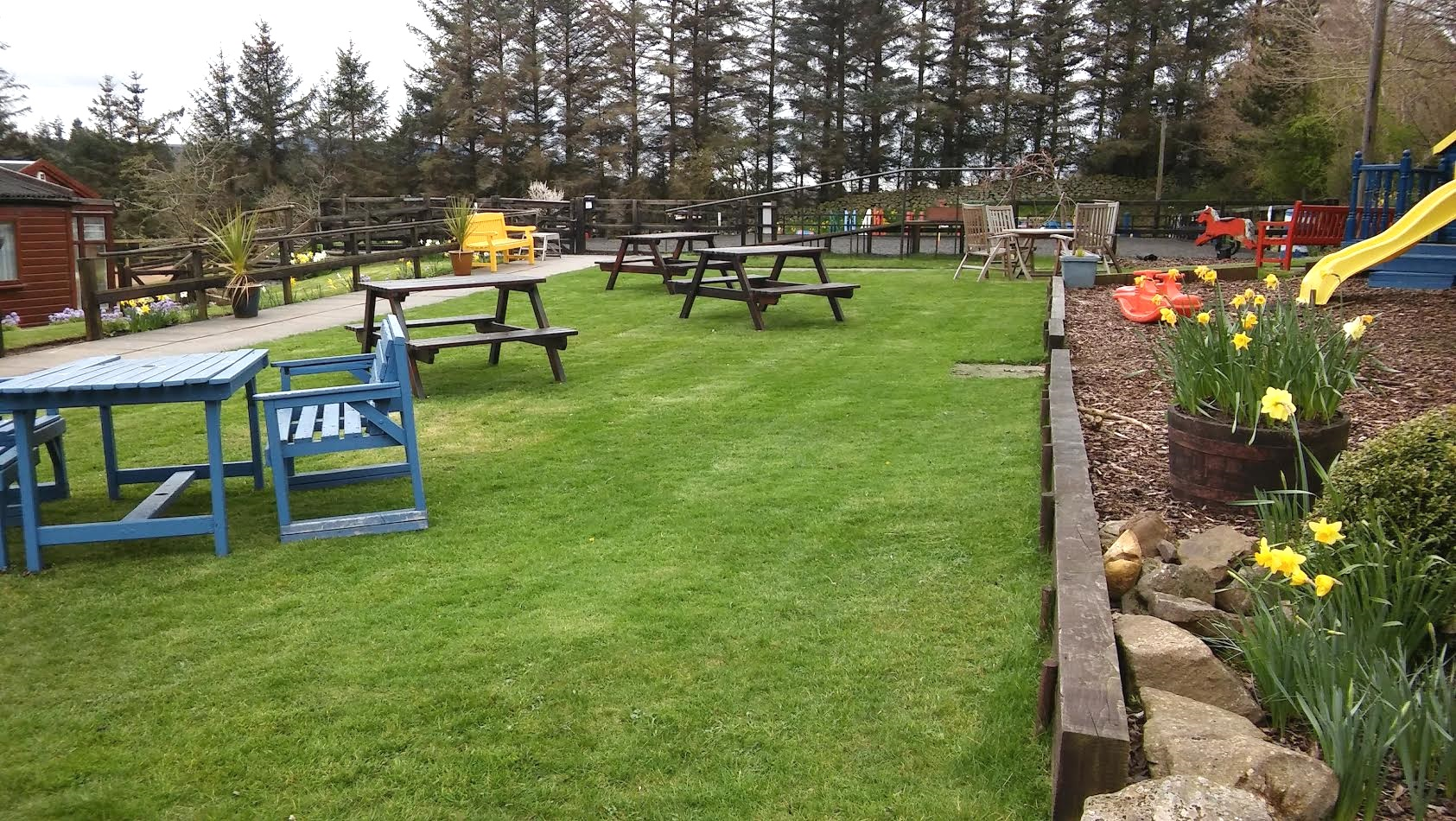 The garden at Ravelrig RDA